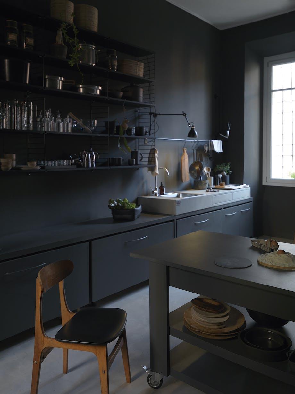 bolig indretning dansk design sort køkken