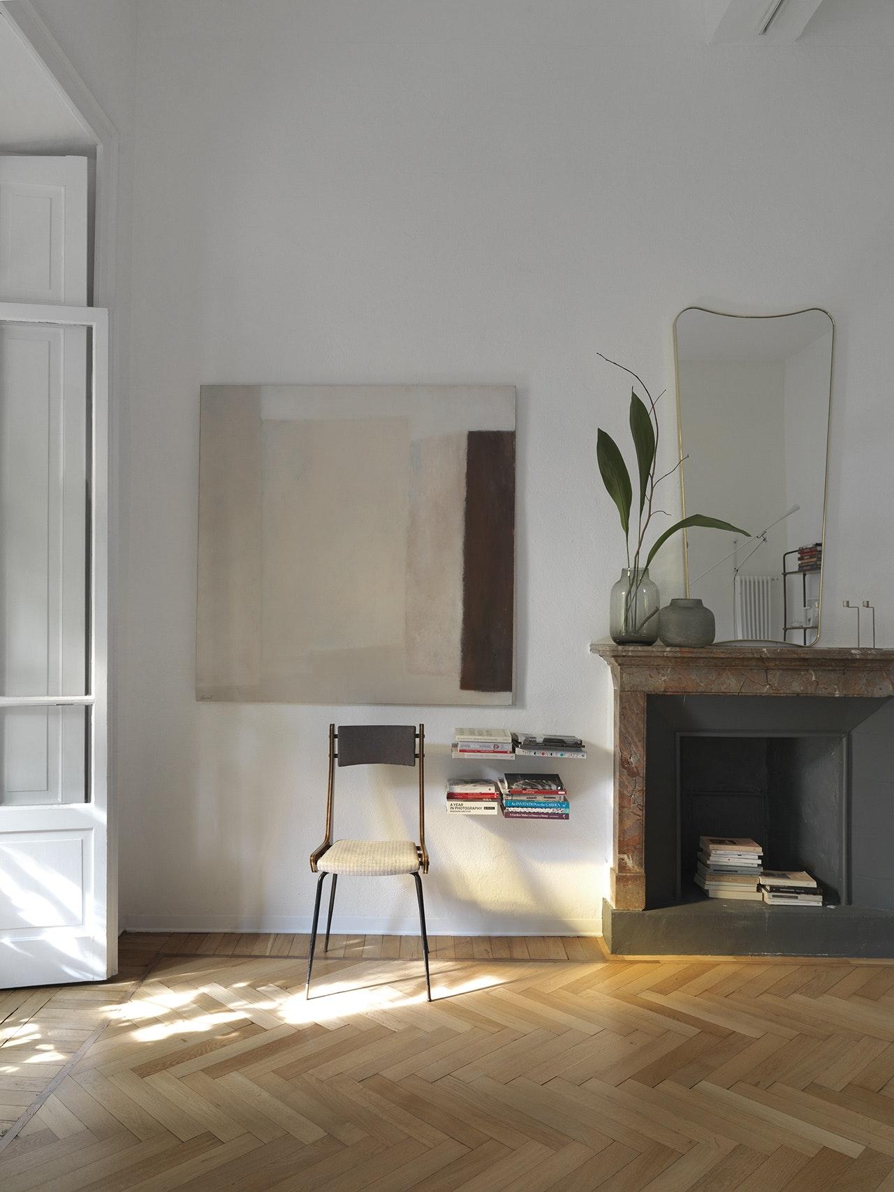 bolig indretning dansk design stol stue pejs