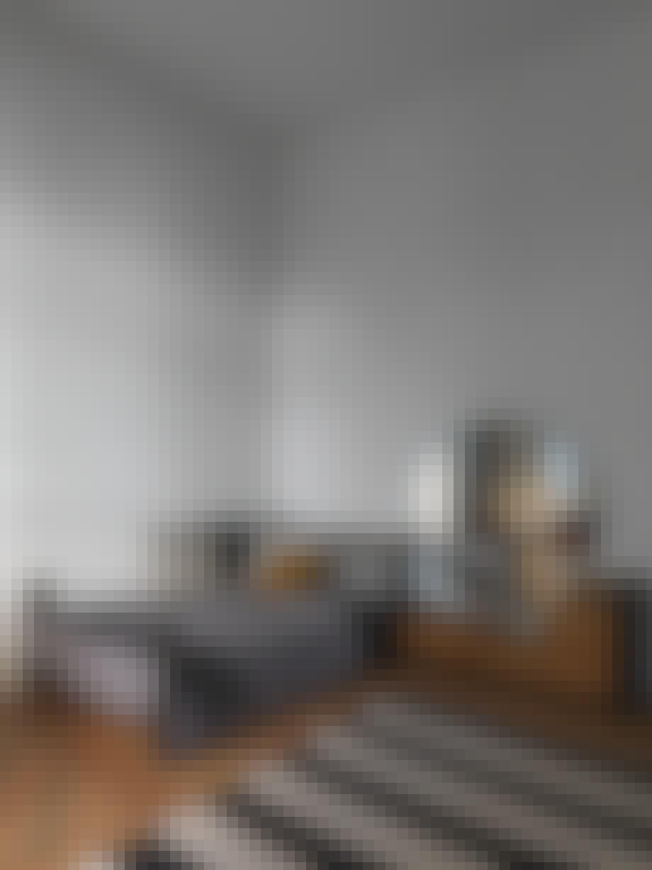 bolig indretning dansk design soveværelse seng spejl