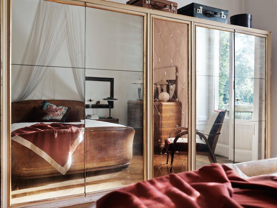 stefano vitali home bolig galleri hus garderobeskab spejl seng