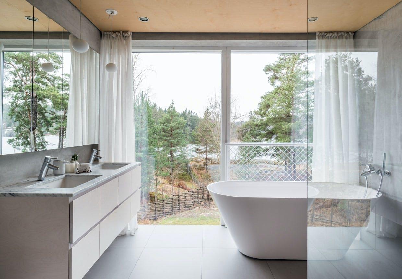 bolig indretning sverige natur badeværelse badekar