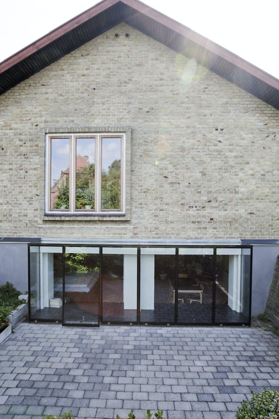 renovering ombygning kælder vinduer før efter