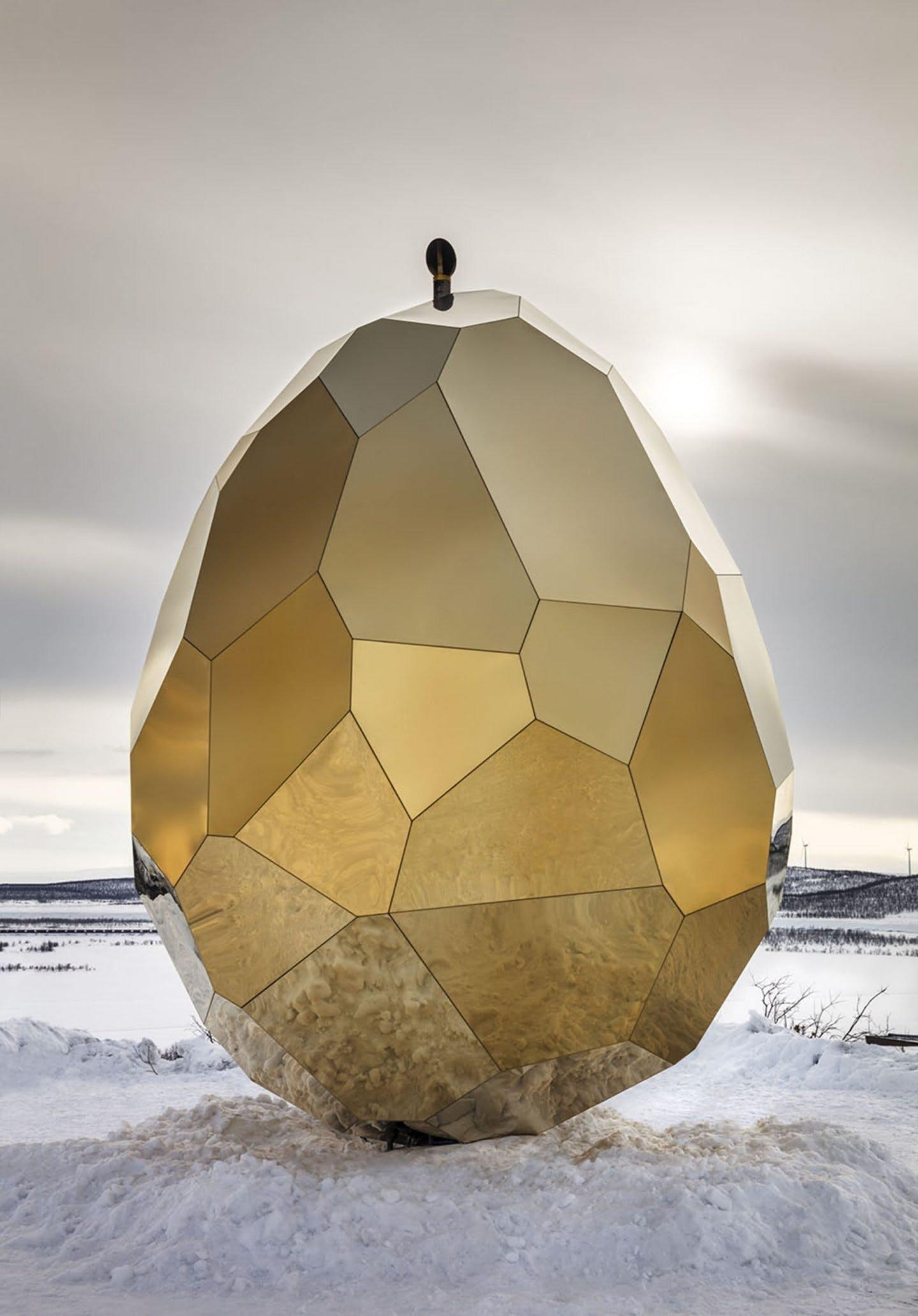 sauna kunst arkitektur guld sverige spejl