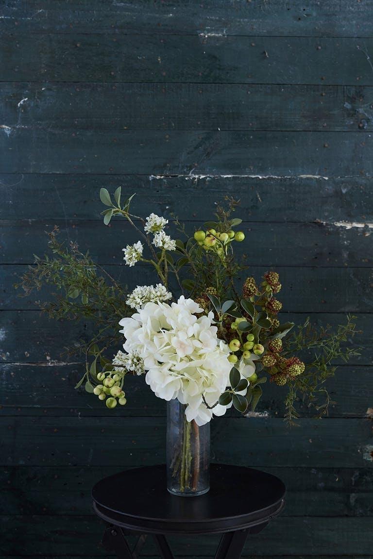Nr. 4 –Flotte kunstige blomster   Blomsterbuketten, der holder hele året
