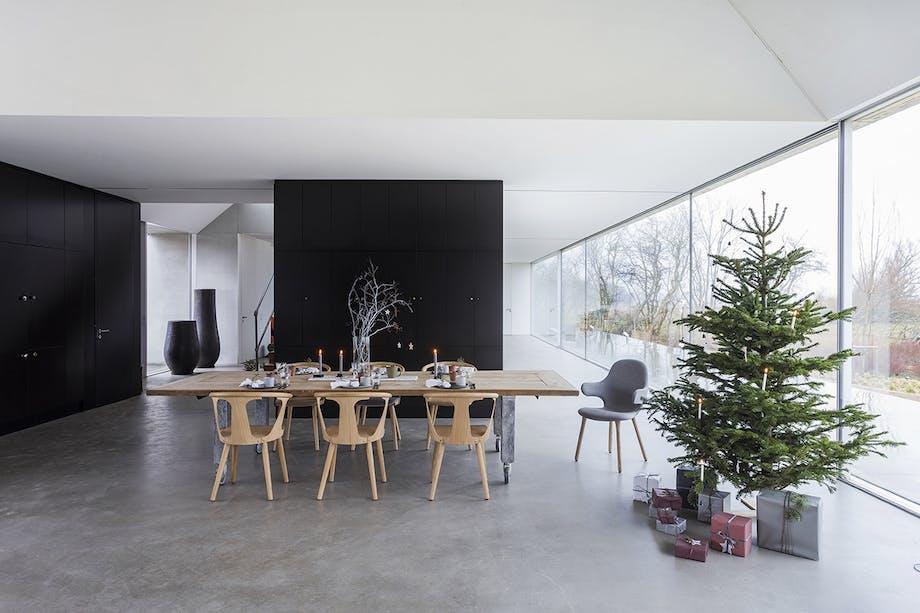 jul bolig bobedre moderne jul hygge indretning juletræ spisestue