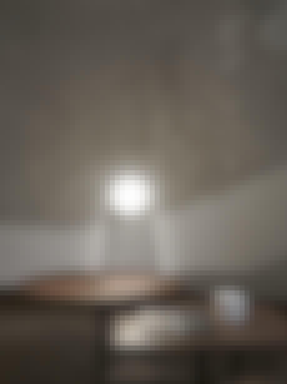 Svævende & sfærisk kugle af lys