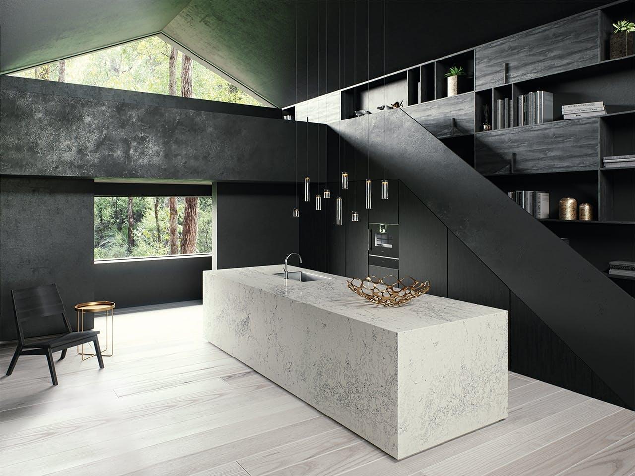 Caesarstone køkken i sort og lys sten