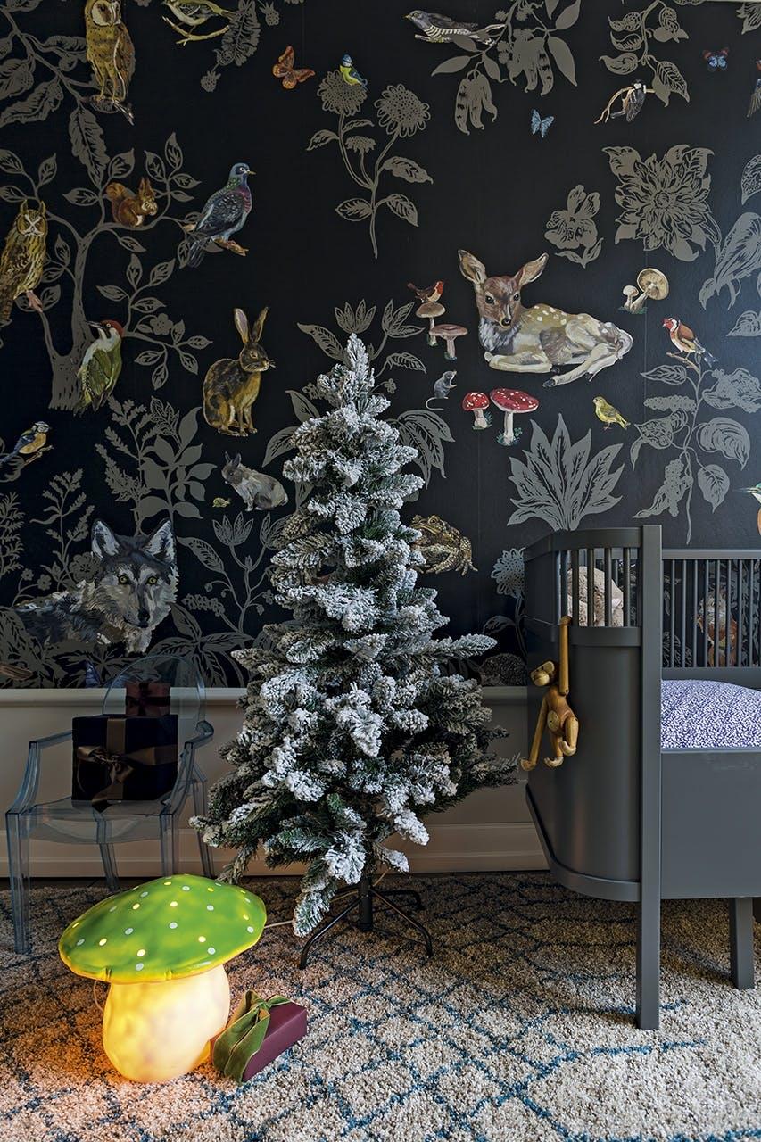 jul bolig indretning hygge lejlighed juletræ børneværelse