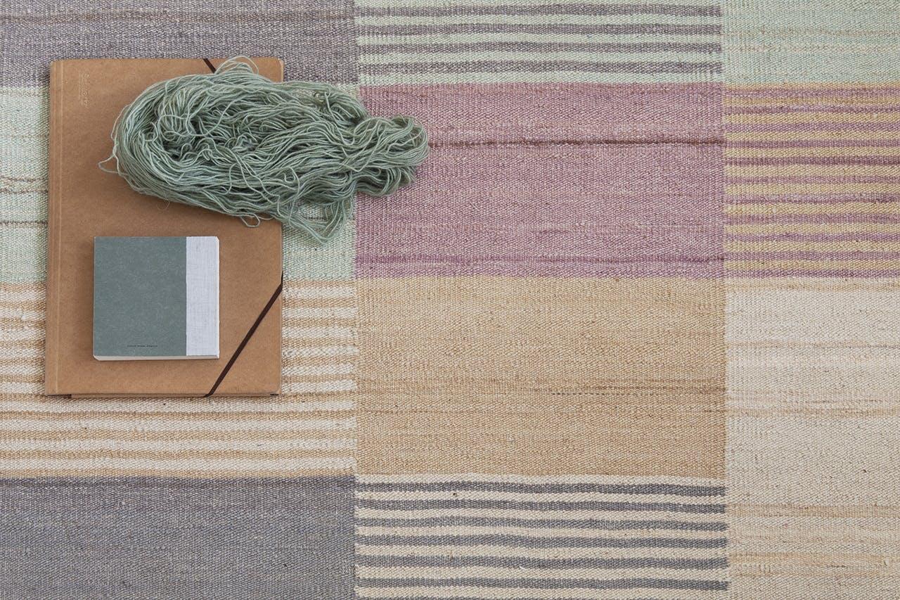 Hæklet tæppe giver tekstur