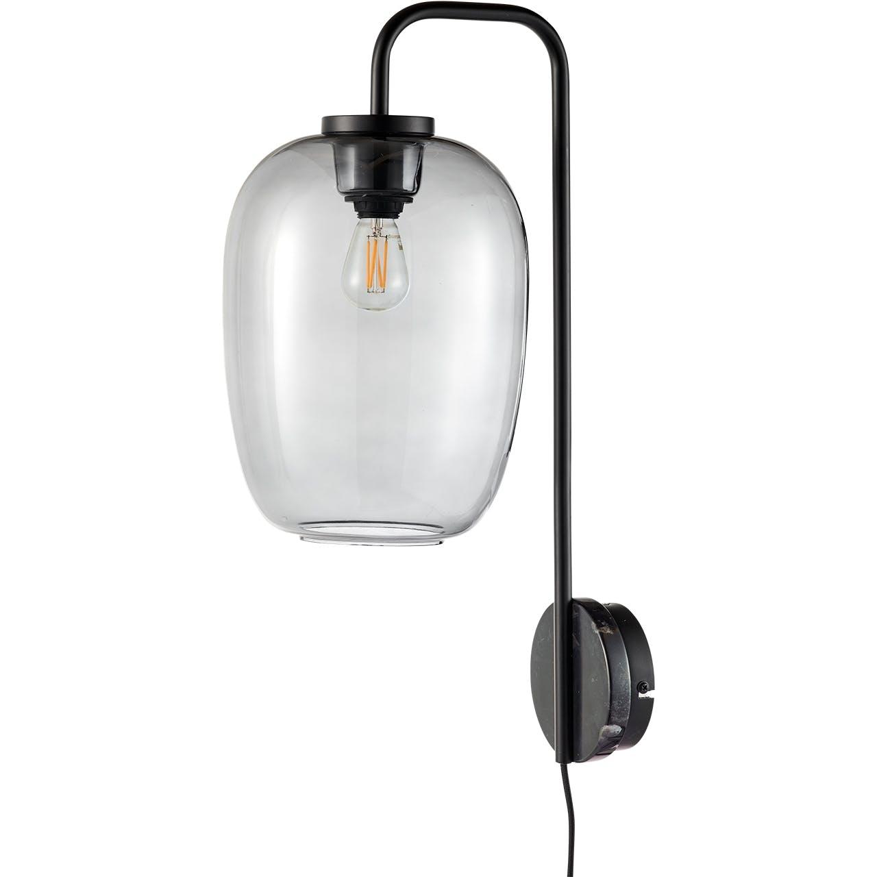 Bolia væglampe designet af morten & jonas grape