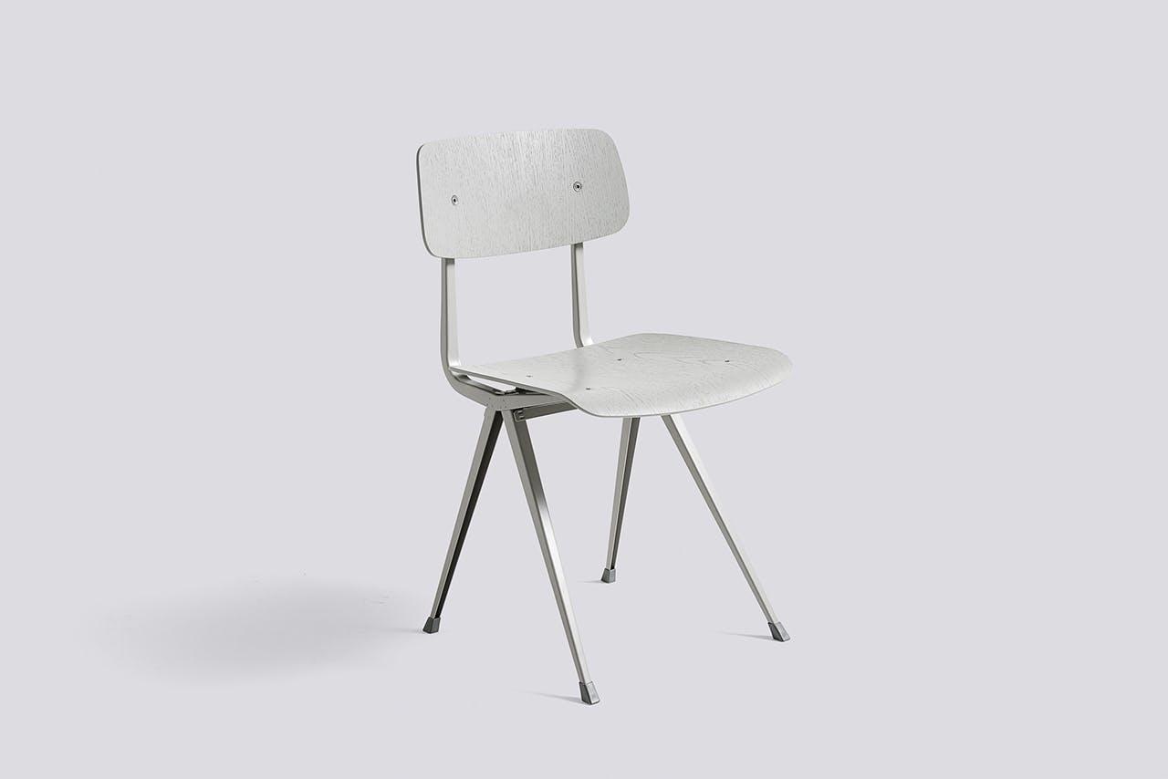 Hay stol i lys grå