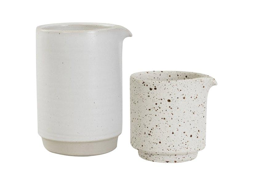 Frama keramik i lyse farver