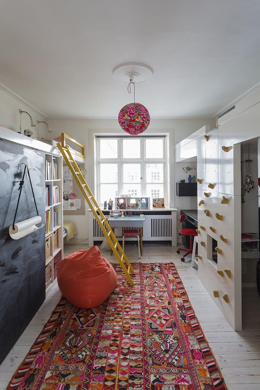 danske boligarkitekter small living børneværelse køjeseng