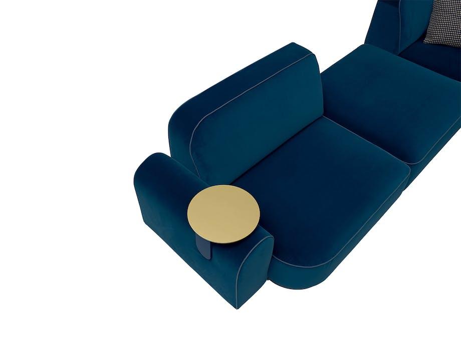 arflex blå sofa med bakke