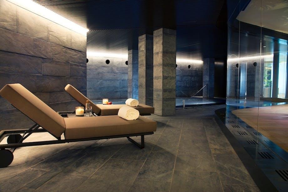 luksushotel spanien wellness pool