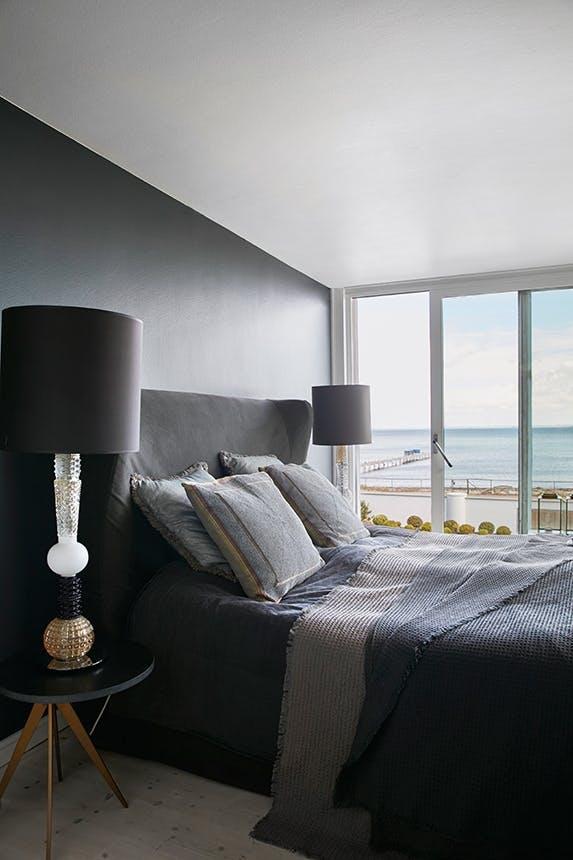 soveværelse med udsigt ud over øresund
