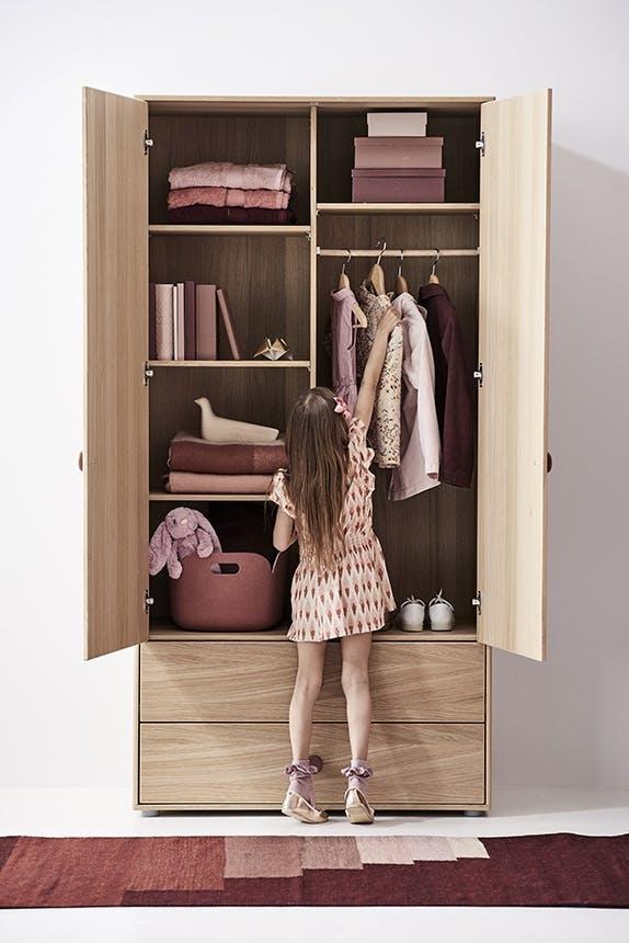 inspiration til pigeværelset POPSICLE by FLEXA tøjskab