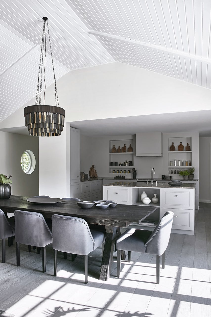 sommerhus privat spisebord køkken