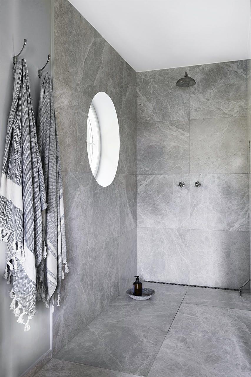 sommerhus privat badeværelse