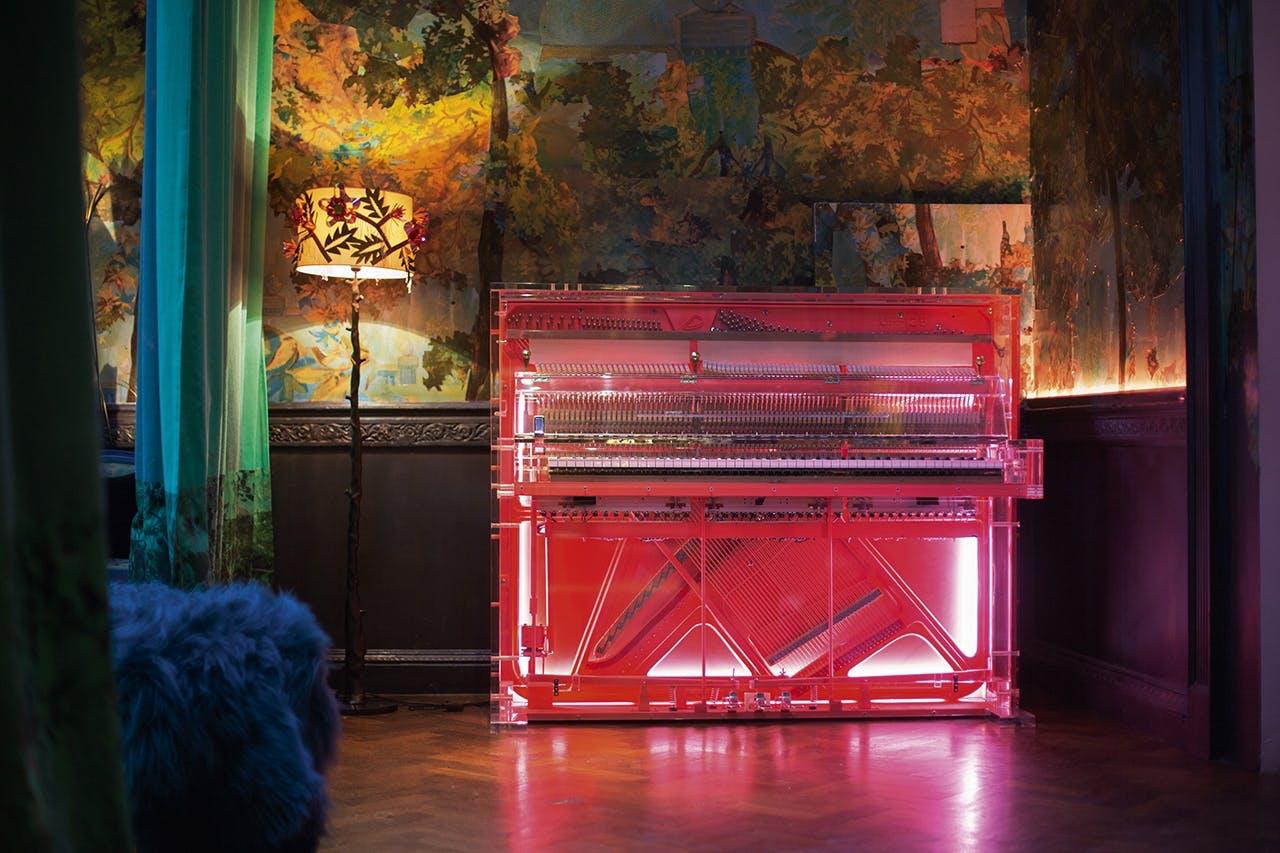 pink klaver science fiction