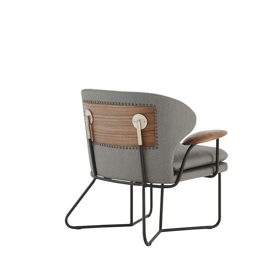 Chillax Lounge Chair af Nic Graham for Stellar Works/Roam