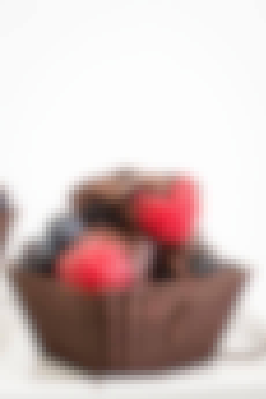 Chokoladekurve med friske bær