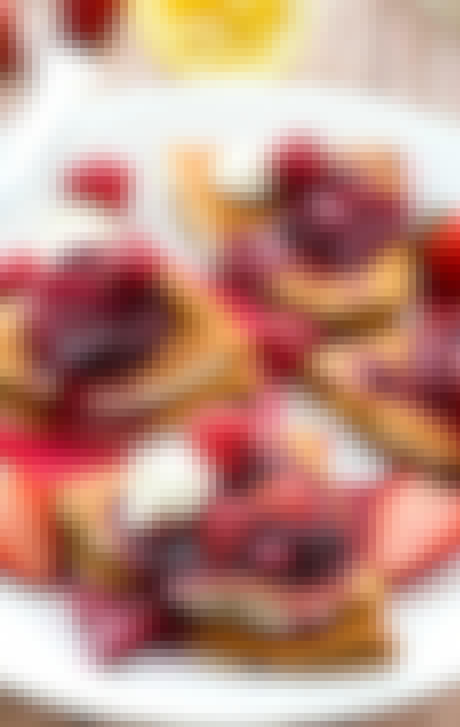 Crepes med bær og citroncreme
