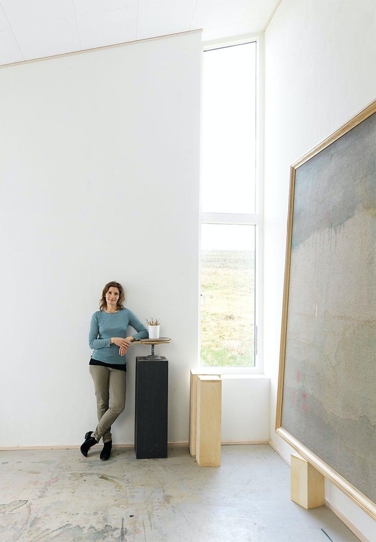 Kirstine Roepstorff i sit fantastiske atelier