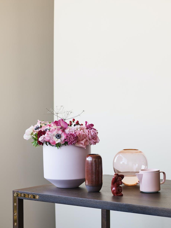 Lyserøde vaser i forskellige former
