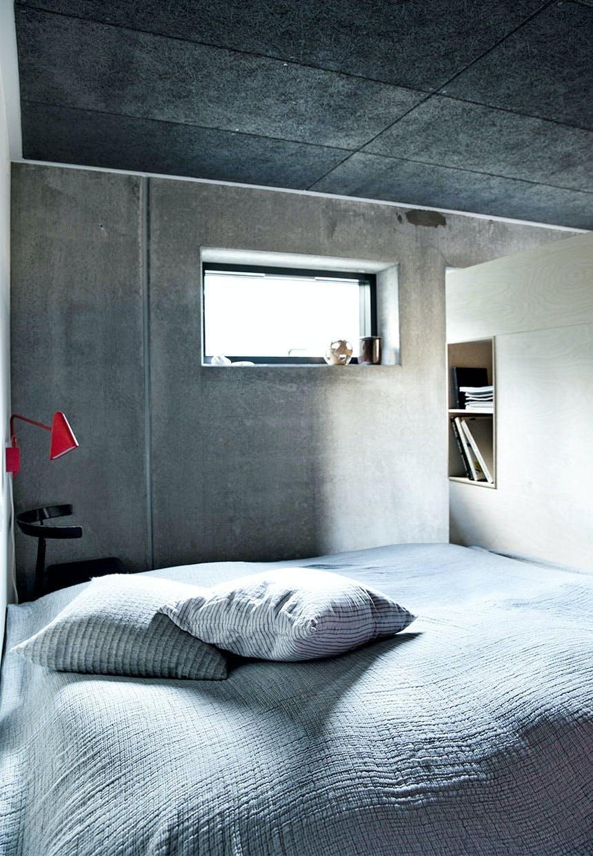 Råt og neutralt soveværelse