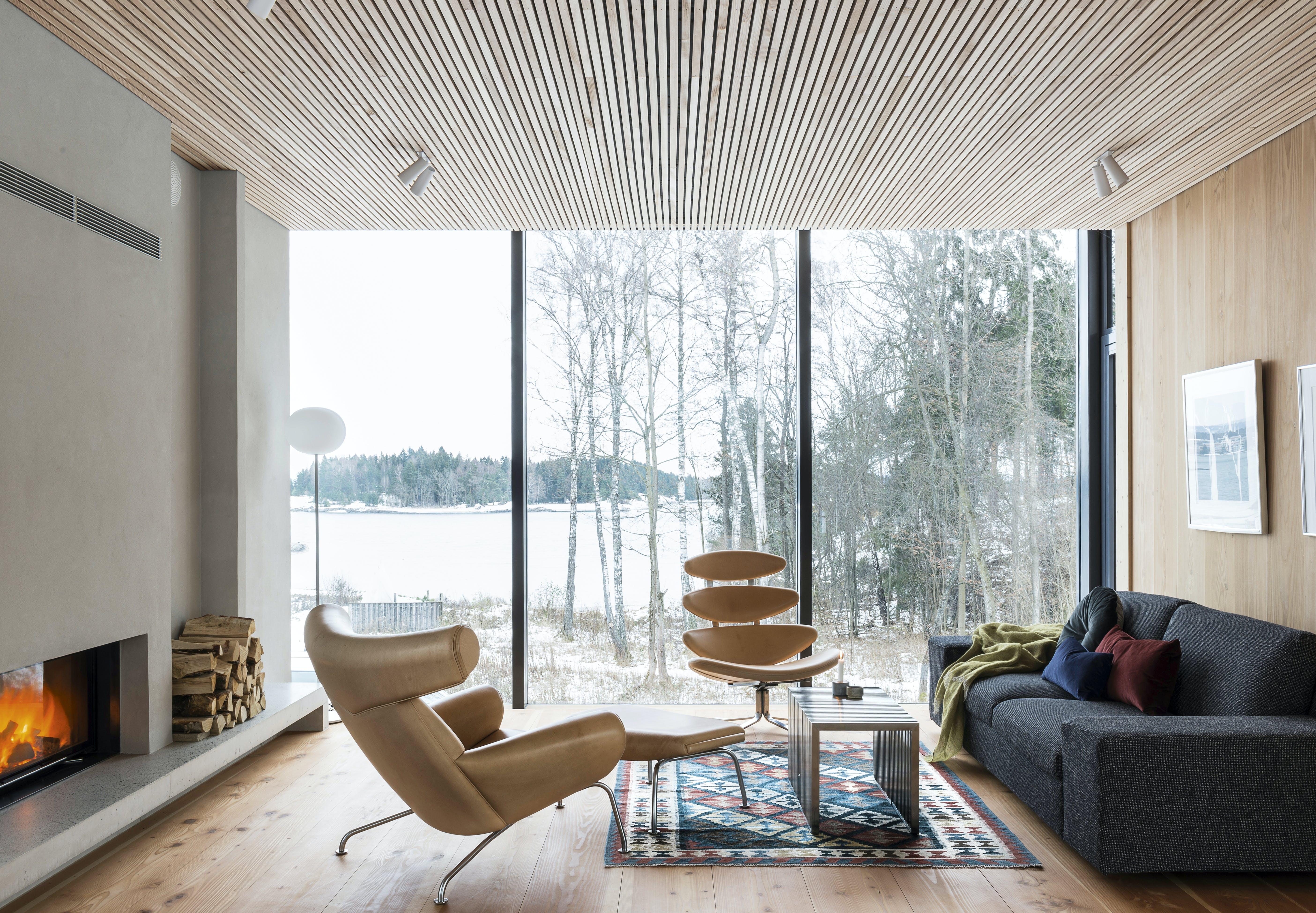 stue indretning udsigt vinduer Ox Chair Volthers Coronastol Erik Jørgensen