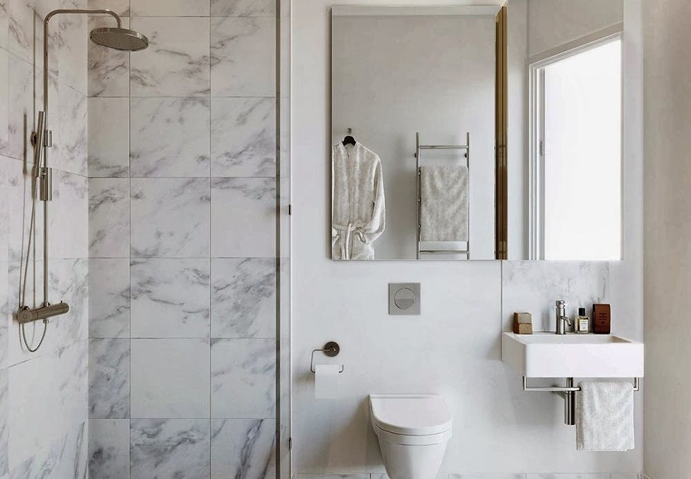 badeværelse flisebadeværelse badeværelse gulv indretning marmor rengøring vedligeholdelse