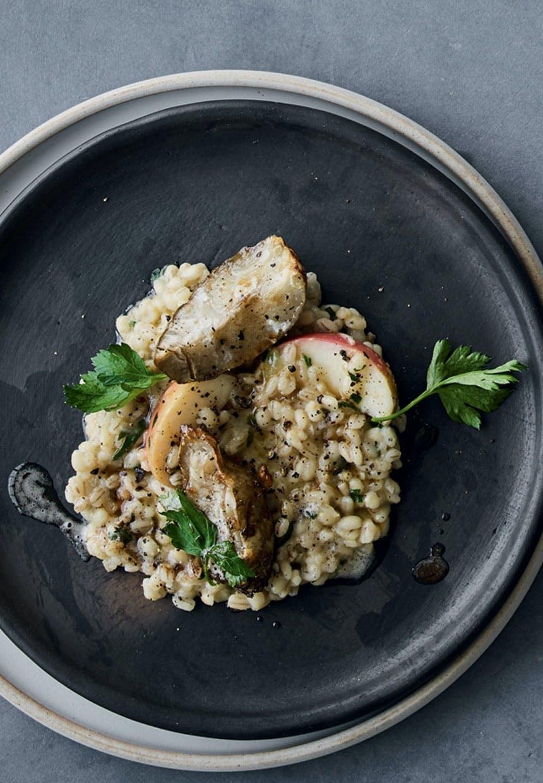 Forret: Nordisk risotto med perlebyg og jordskokker