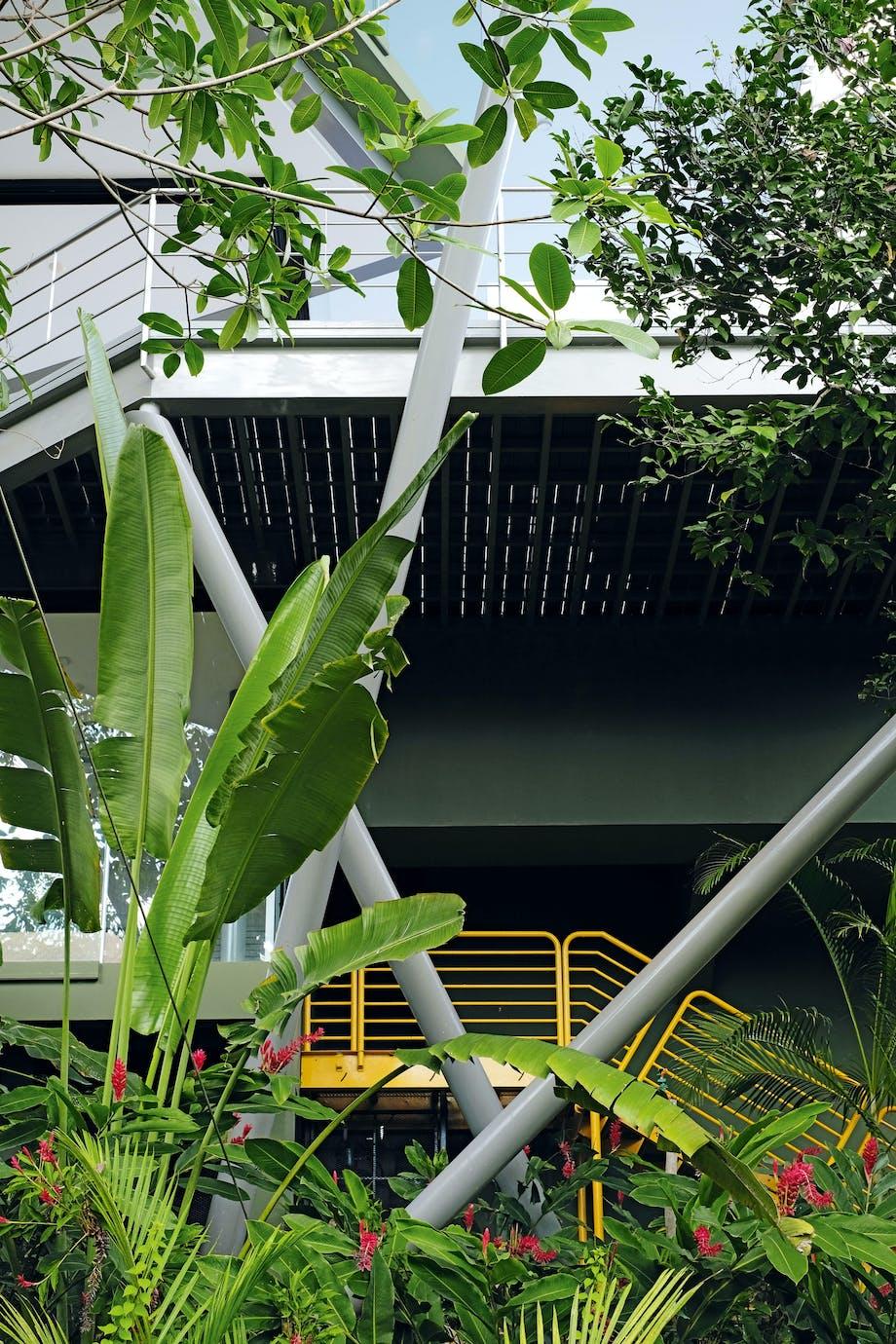 Særpræget konstruktion og smukke omgivelser