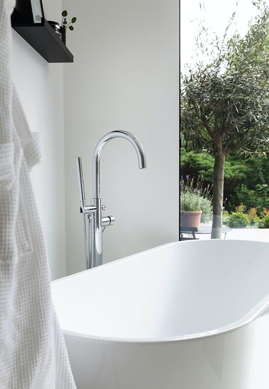 Stilrent badekar klar til afslapning