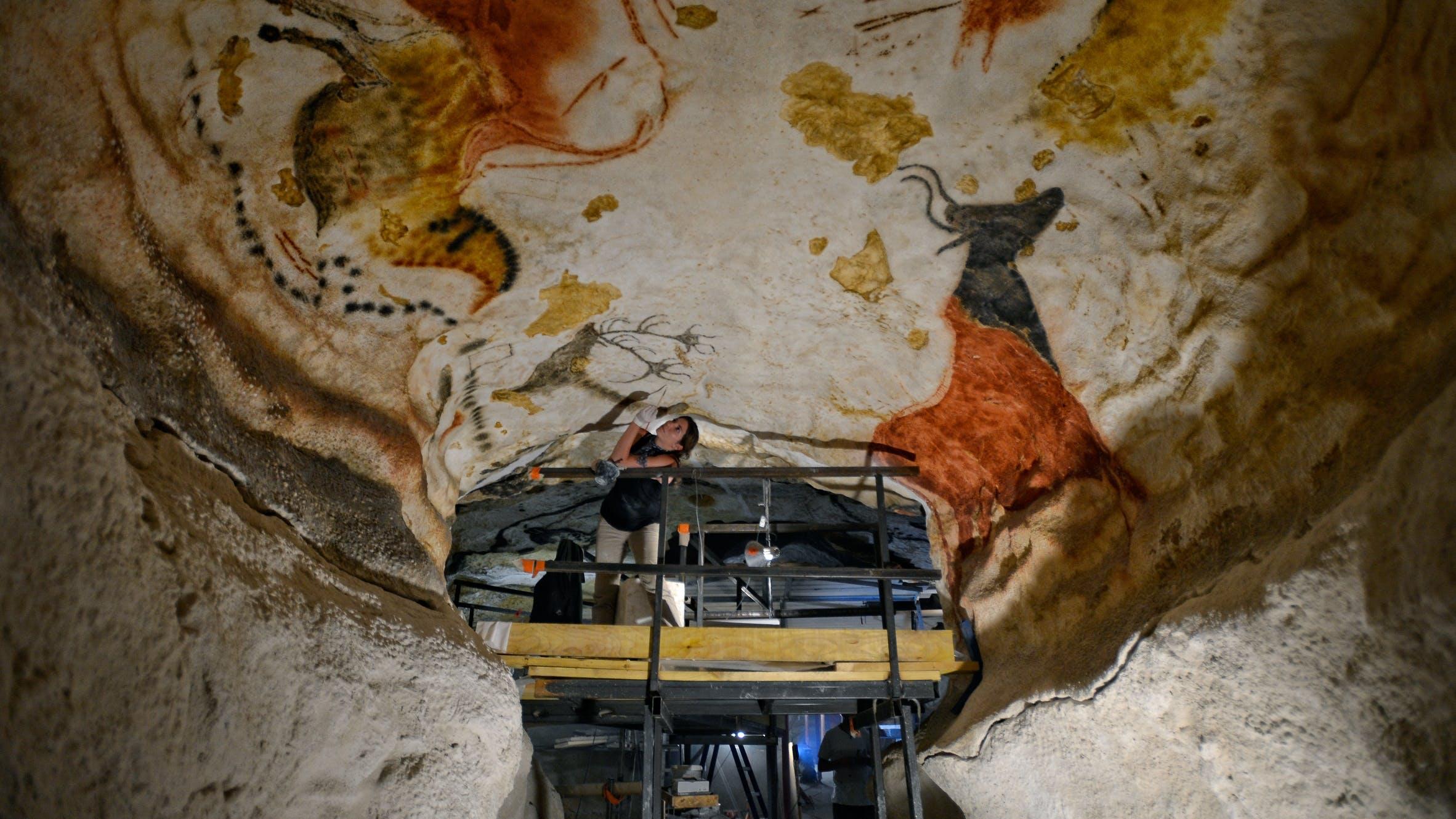 20.000 år gamle kunstværker i sydfransk hule
