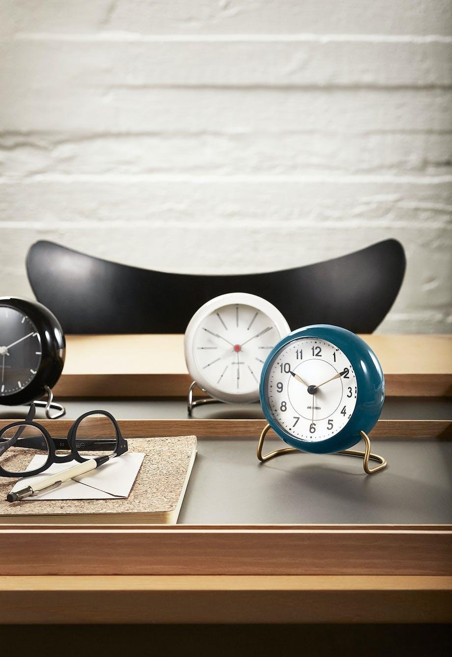 Fin Arne Jacobsens ure - AJ's smukkeste urdesigns | bobedre.dk SE-71