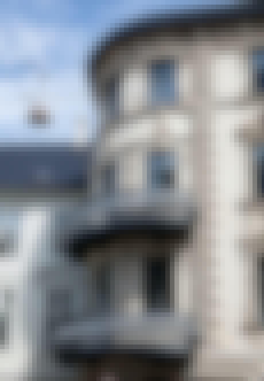Hus med forskelligfarvede rum