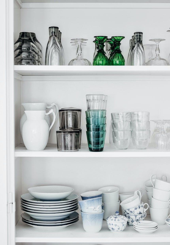 Nye og antikke glas og service