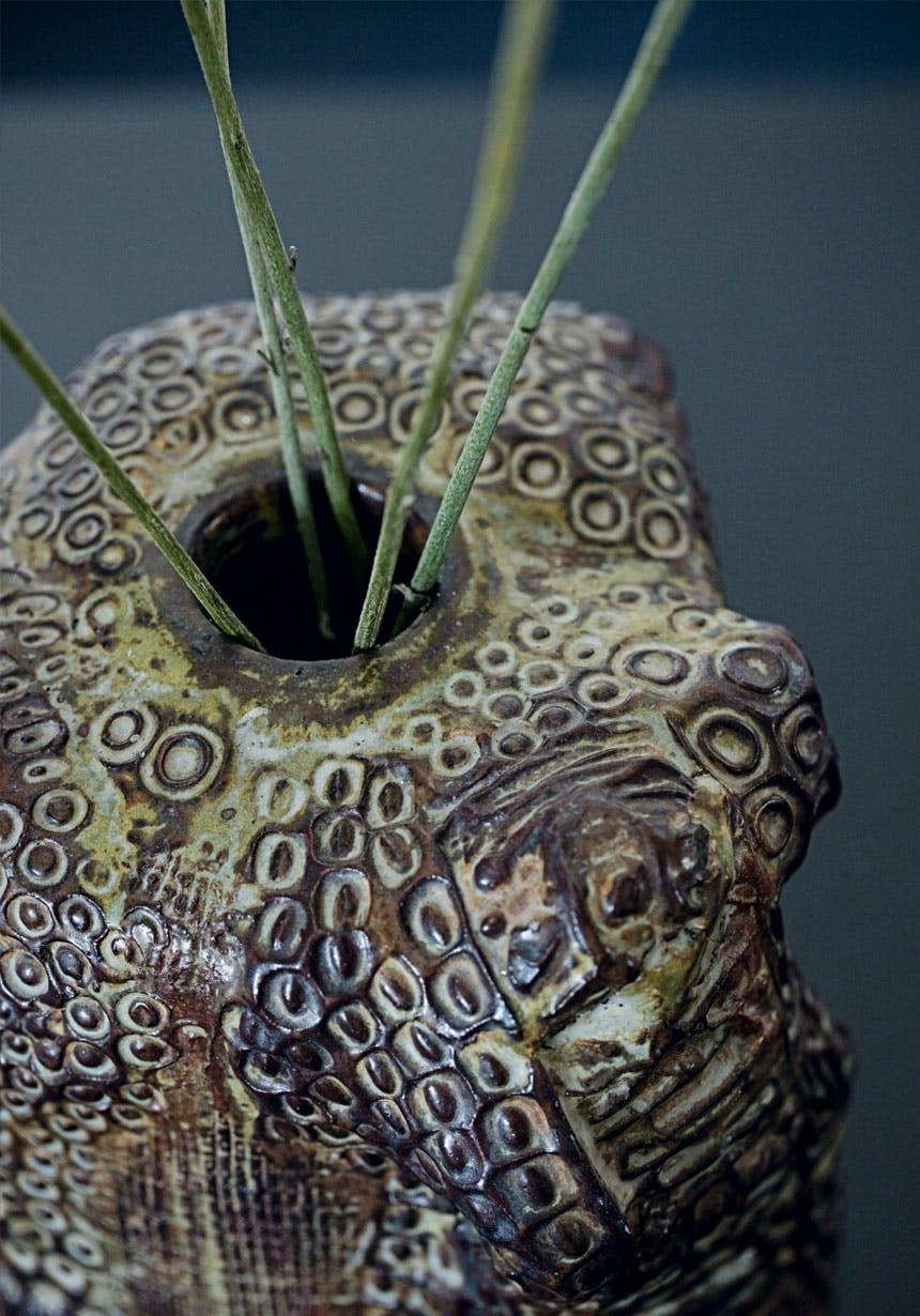 Robust keramik-vase af Axel Salto