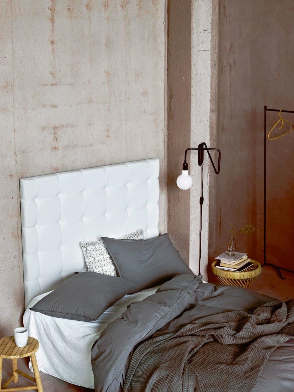 Matchende sengetøj og et ekstra lunt sengetæppe