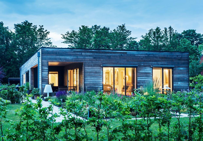 Arkitekttegnet passivhus ved Hornbæk Sø