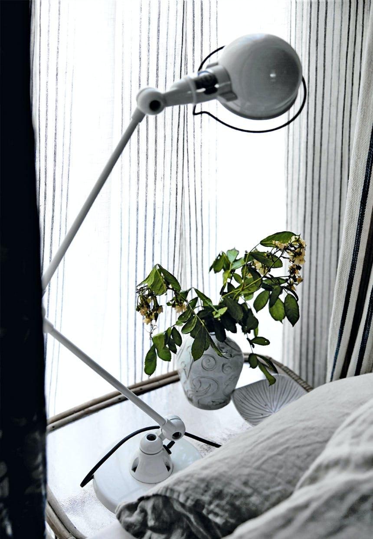 Jieldé-lampen i en kølig farve