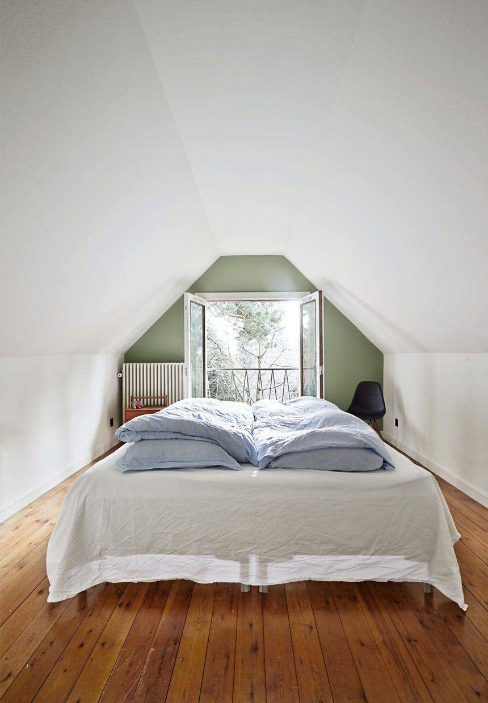 Skønt soveværelse i en grøn nuance