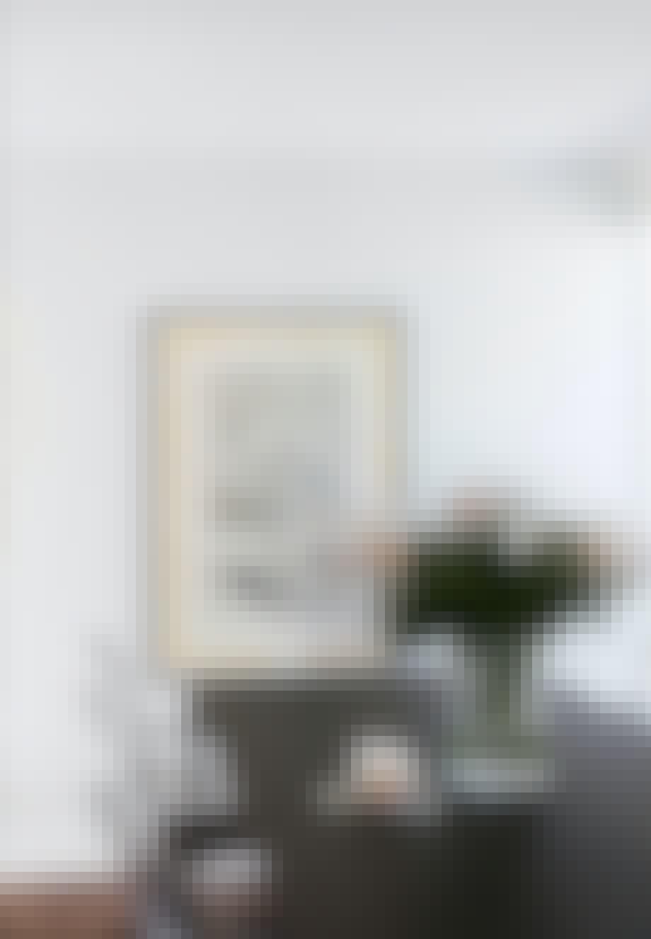 Spisestue med transparente stole fra Kartell