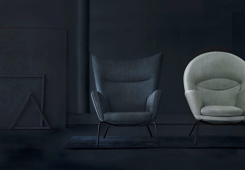 Wegners stole Wing Chair og Oculus Chair med sort stel.