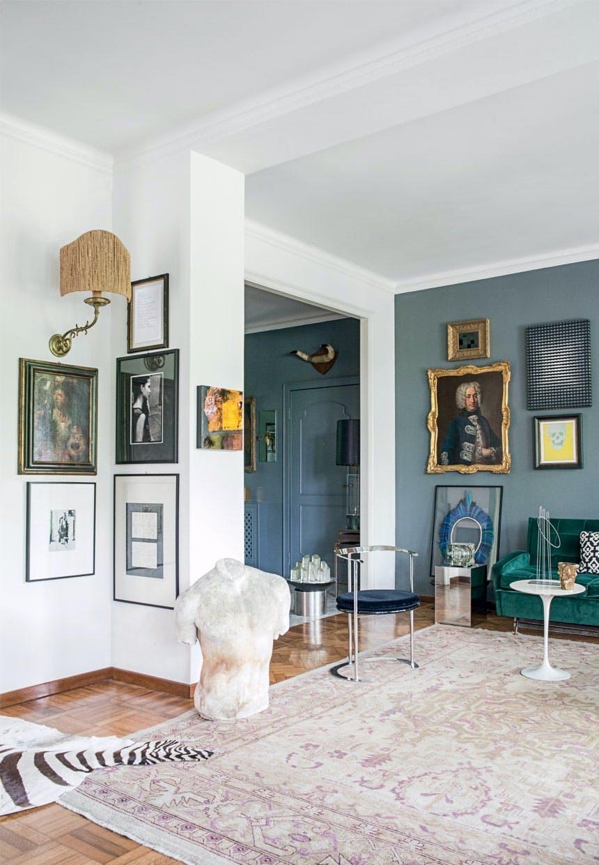 Vintagemøbler blandet med designklassikere