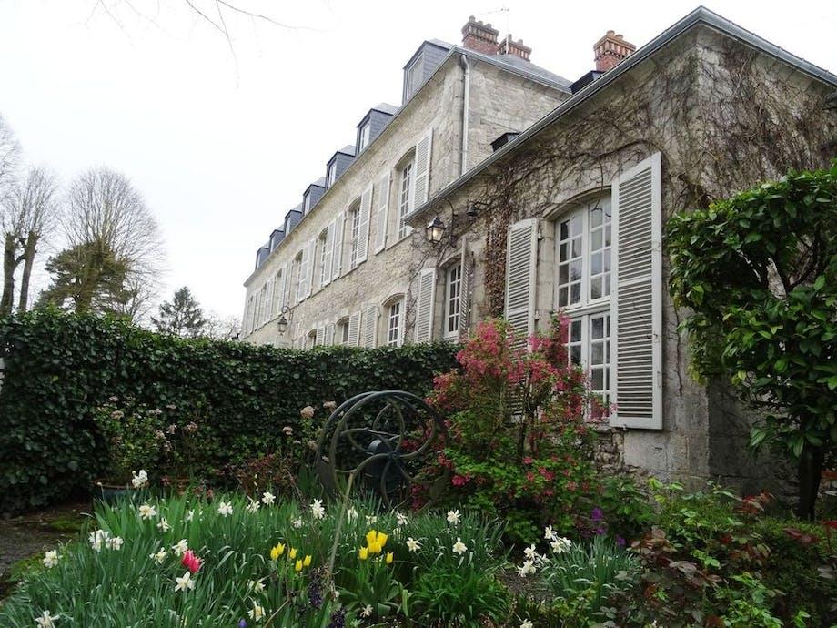 5. Château Angerville