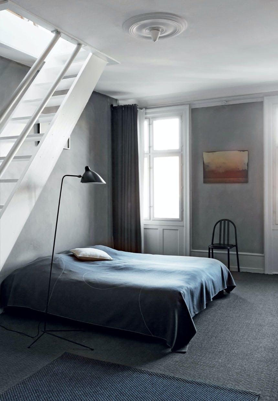 Soveværelse i mørkegrå nuancer
