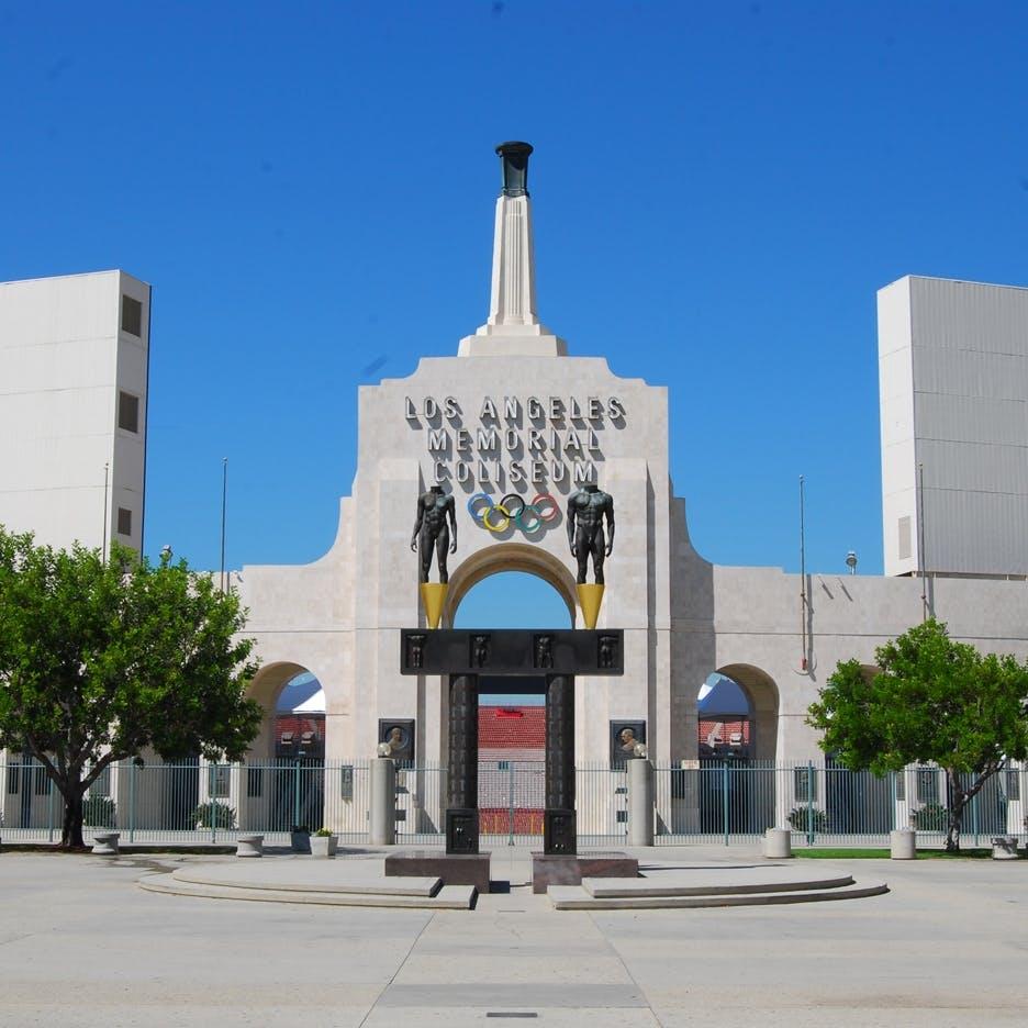 Los Angeles Memorial Coliseum, 1932 og 1984